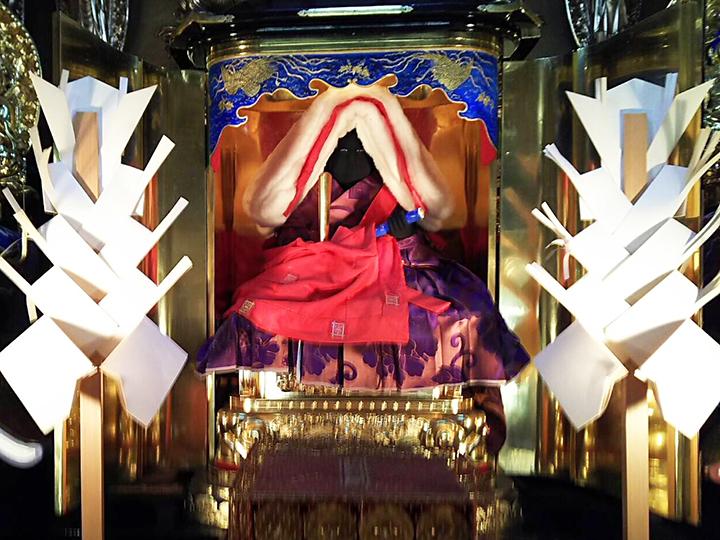 日蓮聖人説法像